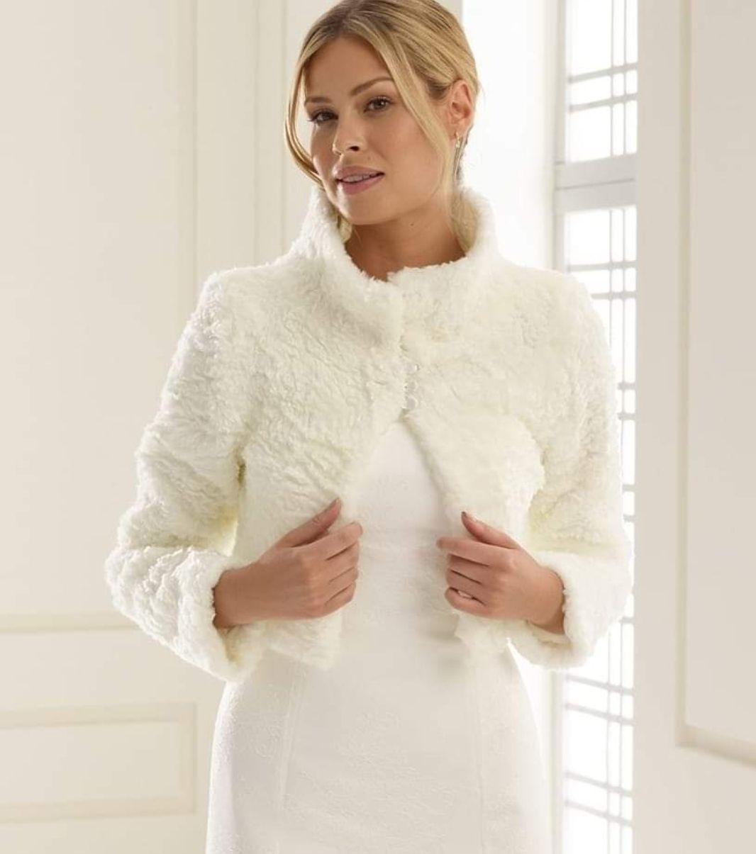 Jakke til lang kjole Bryllup Kvinneguiden Forum