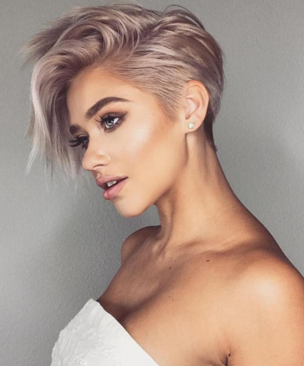 Best-Short-Haircuts-for-Women-1523825000406216383.thumb.jpg.a77fa79ba450b9aa03de4ab5f663d780.jpg