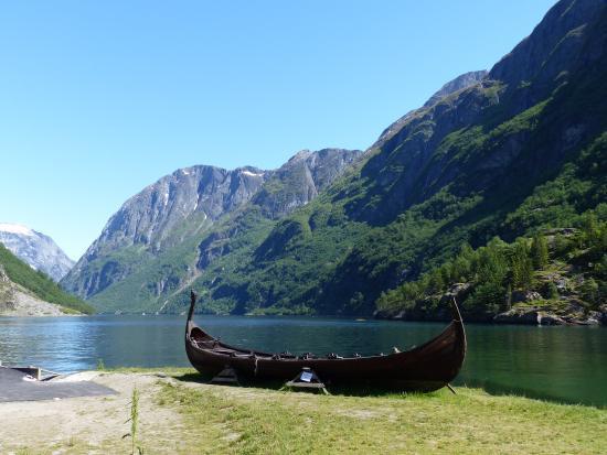 Guttetur til Gudvangen & Nærøyfjorden