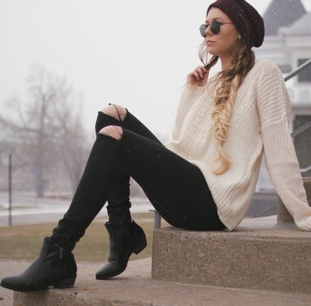 f0u8ib-l-610x610-jeans-sweater-winter+sweater-winter+outfits-black+jeans-black+jeans+ripped-beige-beige+sweater-knitted+sweater-knitwear-torn+clothes-shoes-boots-black+shoes-black+boots-hat-winter+.jpg
