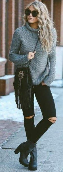 grey-mock-neck-chunky-knit-sweater-with-black-ripped-skinny-jeans.jpg.90dd9f466e2131f749d60f927af8aa06.jpg